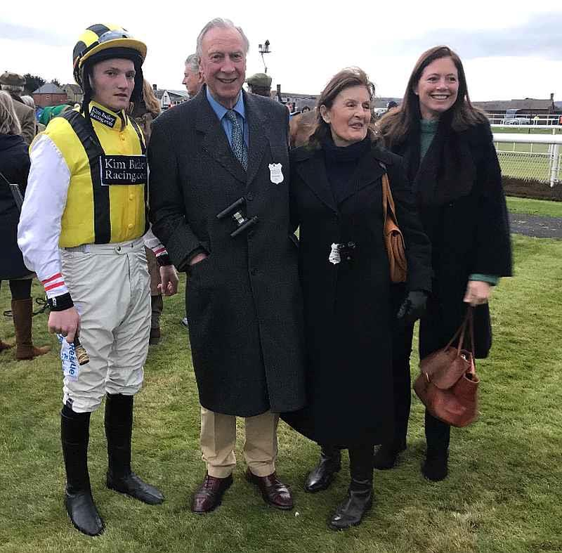 Mikey Hamill, John and Susie Kottler and Emma Buchanan owners and breeders of Sea Story