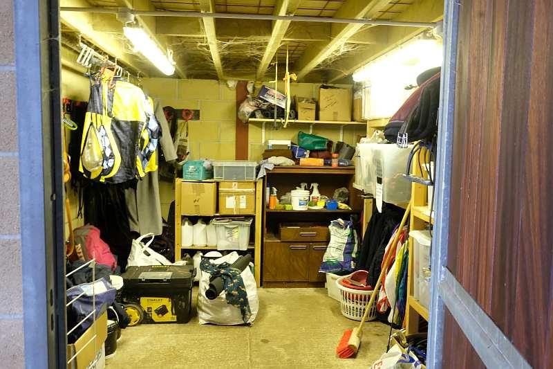 Leighs racing tack room