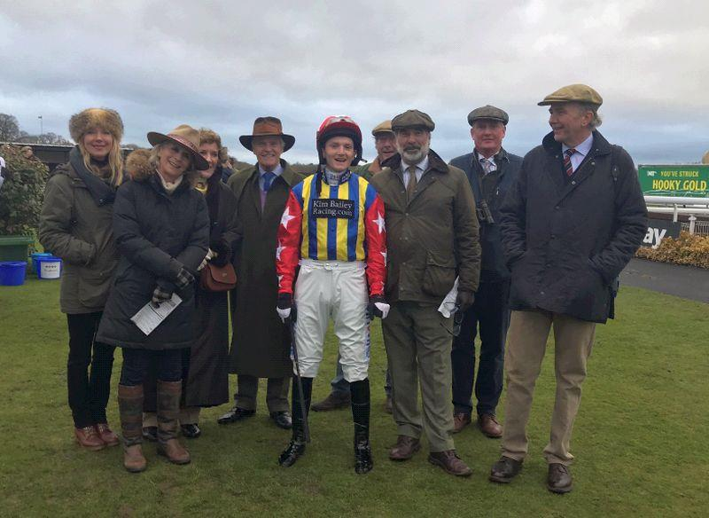 The team of Laval Noirs owners.. before the race