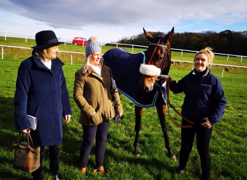 Nanette and Deborah with Agent Memphis after her race at Chepstow yesterday