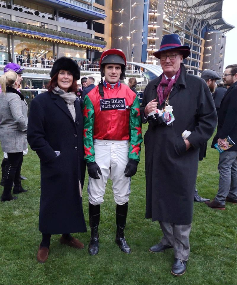 Ali and Peter Bennett-Jones with David Bass before Prince Llywelyn's run in the bumper