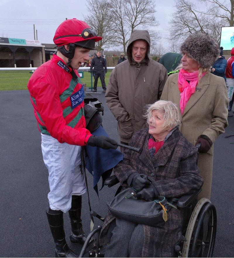 David Bass telling Penny Perriss how good her horse Station Master was.. not how good he was!