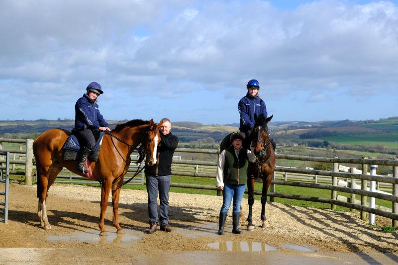 John and Mandy Battershall with their horses Lord Apparelli and Younevercall