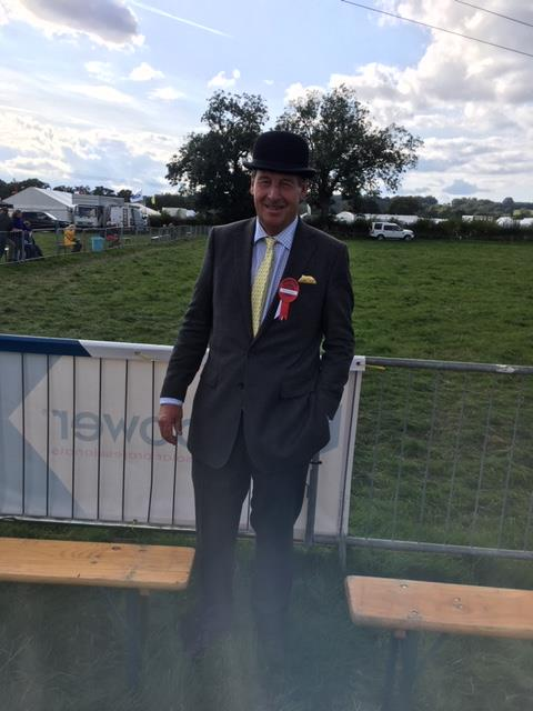 Show judge suitably attired..Photos from Michael and Angie Storey