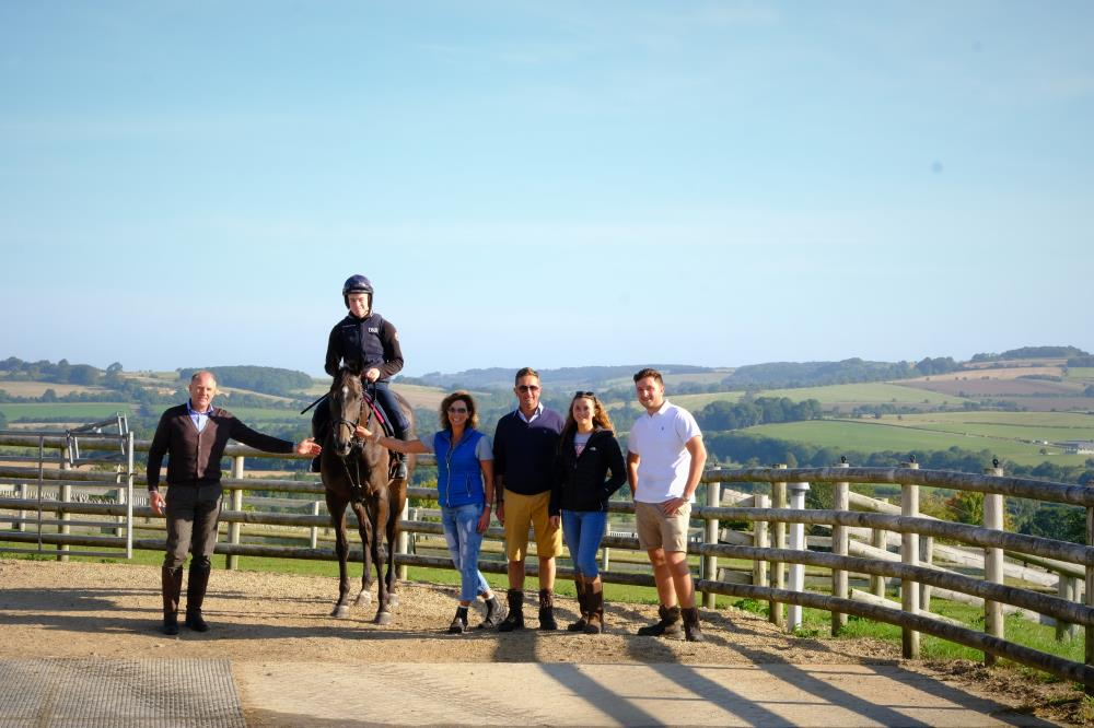 John Benson with his horse Vinndication and the Upton family..Hayley, Martin,Lily and Elliot