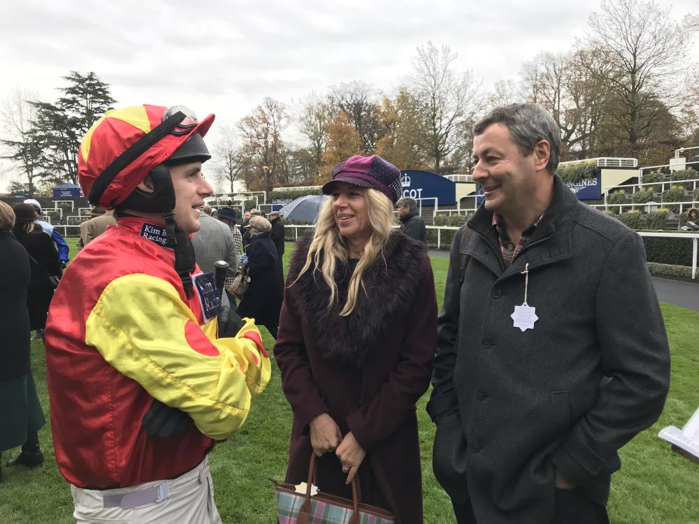 Gill and Phil Andrews discuss Mr Grey Sky's tactic with David Bass