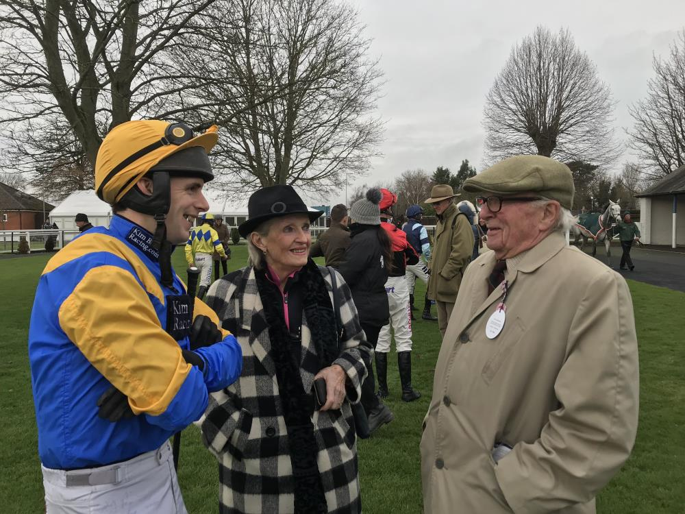 David talking to Sandra and Philip Arkwright before Agent Memphis race.. sadly smiles ony before