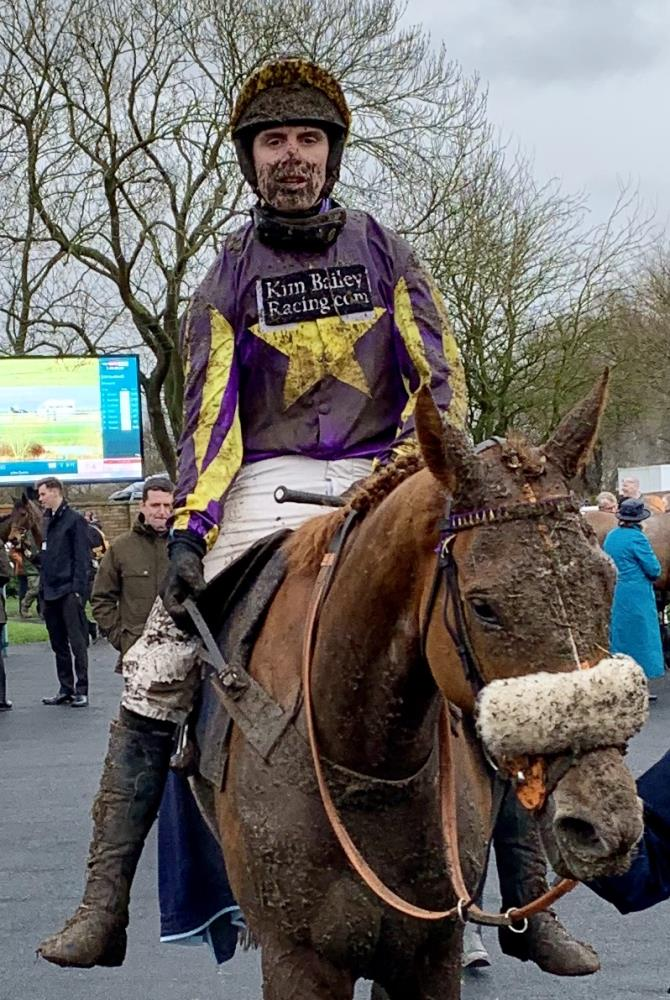 Mud? Pond Road returns to the unsaddling enclosure