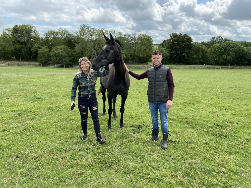 Charlotte and Matt meeting their new KBRP horse Galante De Romay