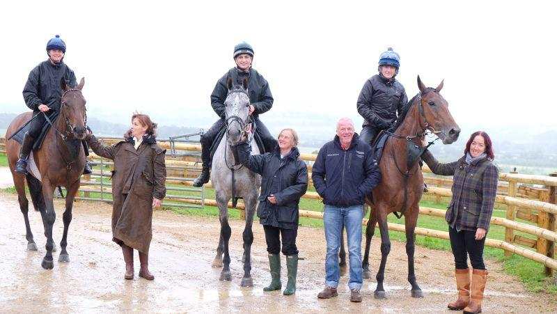 Jo Ryan, Karen Broadey, Ken Wright and Tracy Grunwell for breakfast and a morning on the gallops