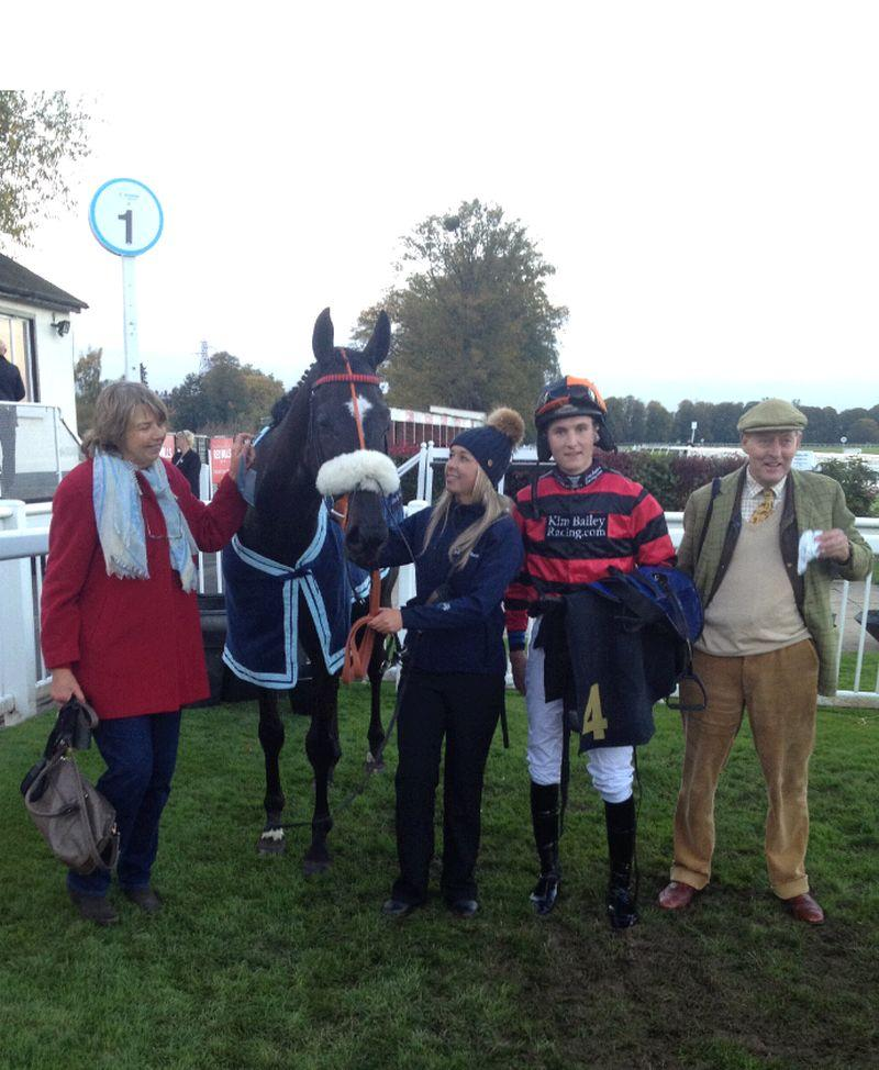 Likewise at Worcester. Liz and Johnny Wills with their horse Net Work Rouge.. Very happy owners..