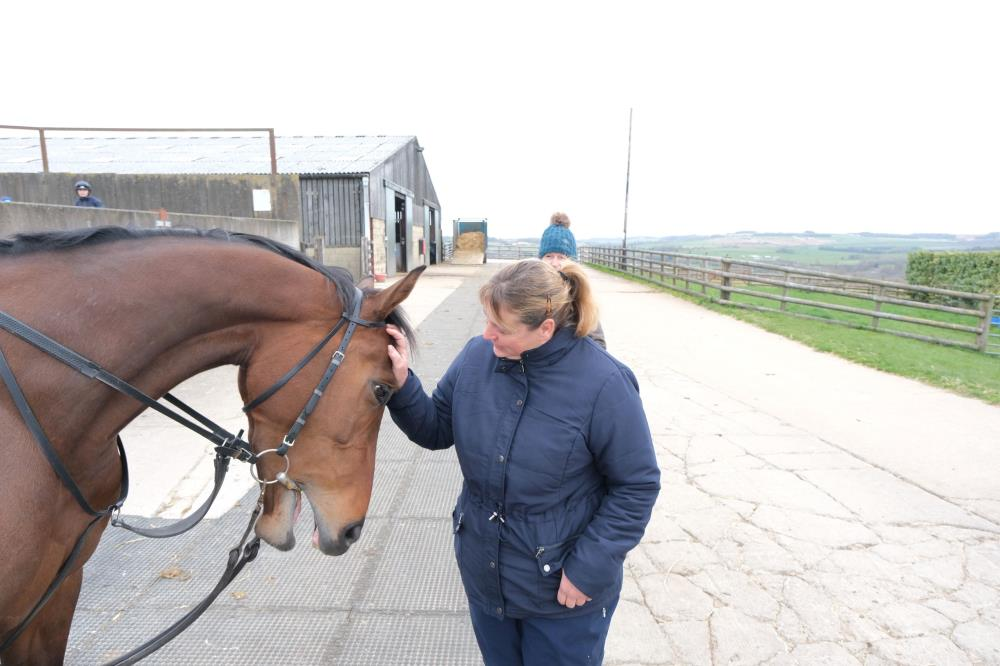 Hanni who works for Coln Valley Stud with Rose And Thistle