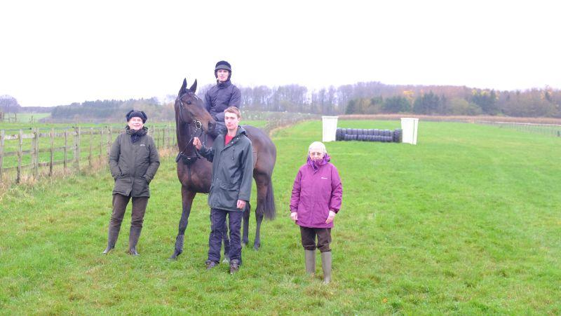 The Drinkymiester with Paul and Elizabeth Kellar and StewartWright who was here for 'a morning on the gallops'