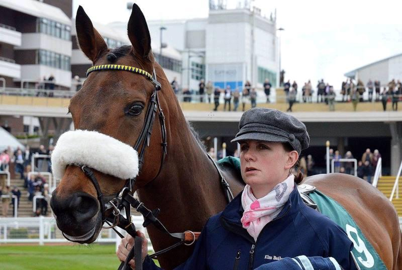 Leigh Pollard my travelling Head Girl with Sainte Ladylime at Cheltenham yesterday.. They won best turned out..Rightly so..