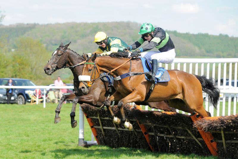Gaelic Myth jumping the last