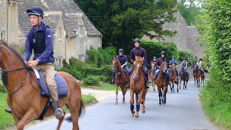 Up the go past those lovely Cotswold cottages
