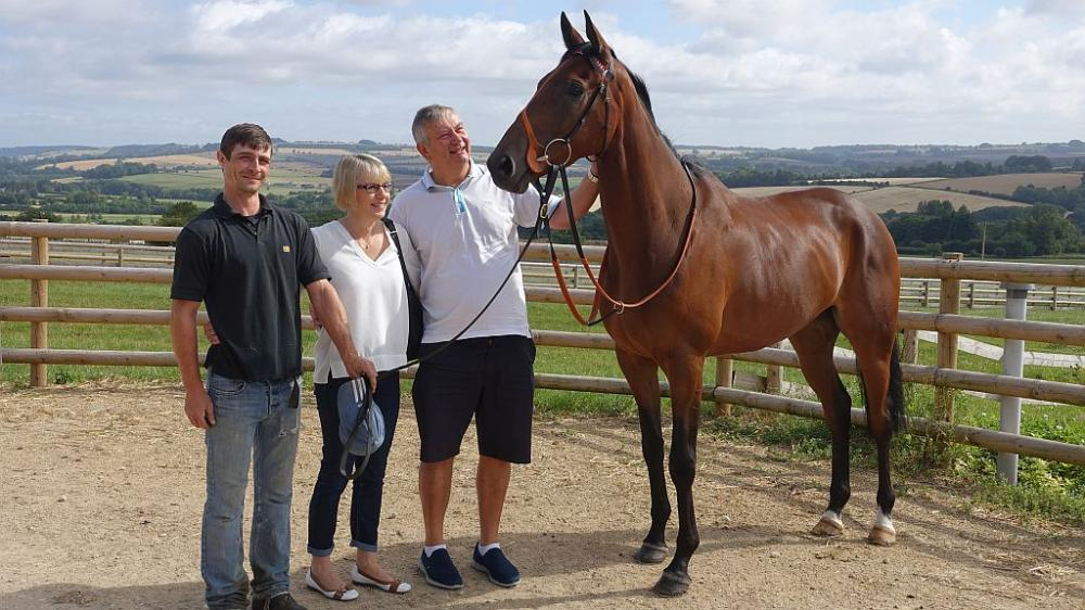George Savill with Ali and Andy Sulin.. Aliandy is the horse..